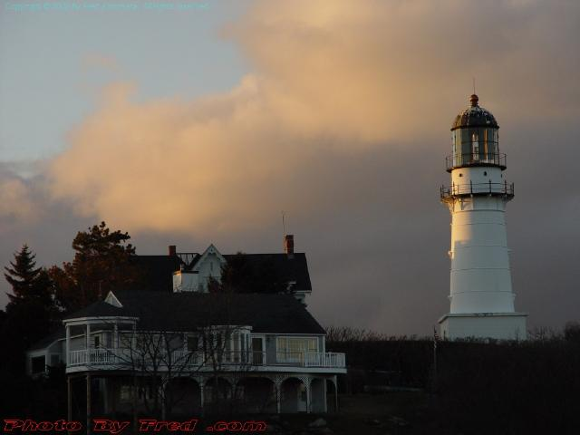 Winter Sunset Lighthouse, Cape Elizabeth, Maine, Picture for February 6, 2008